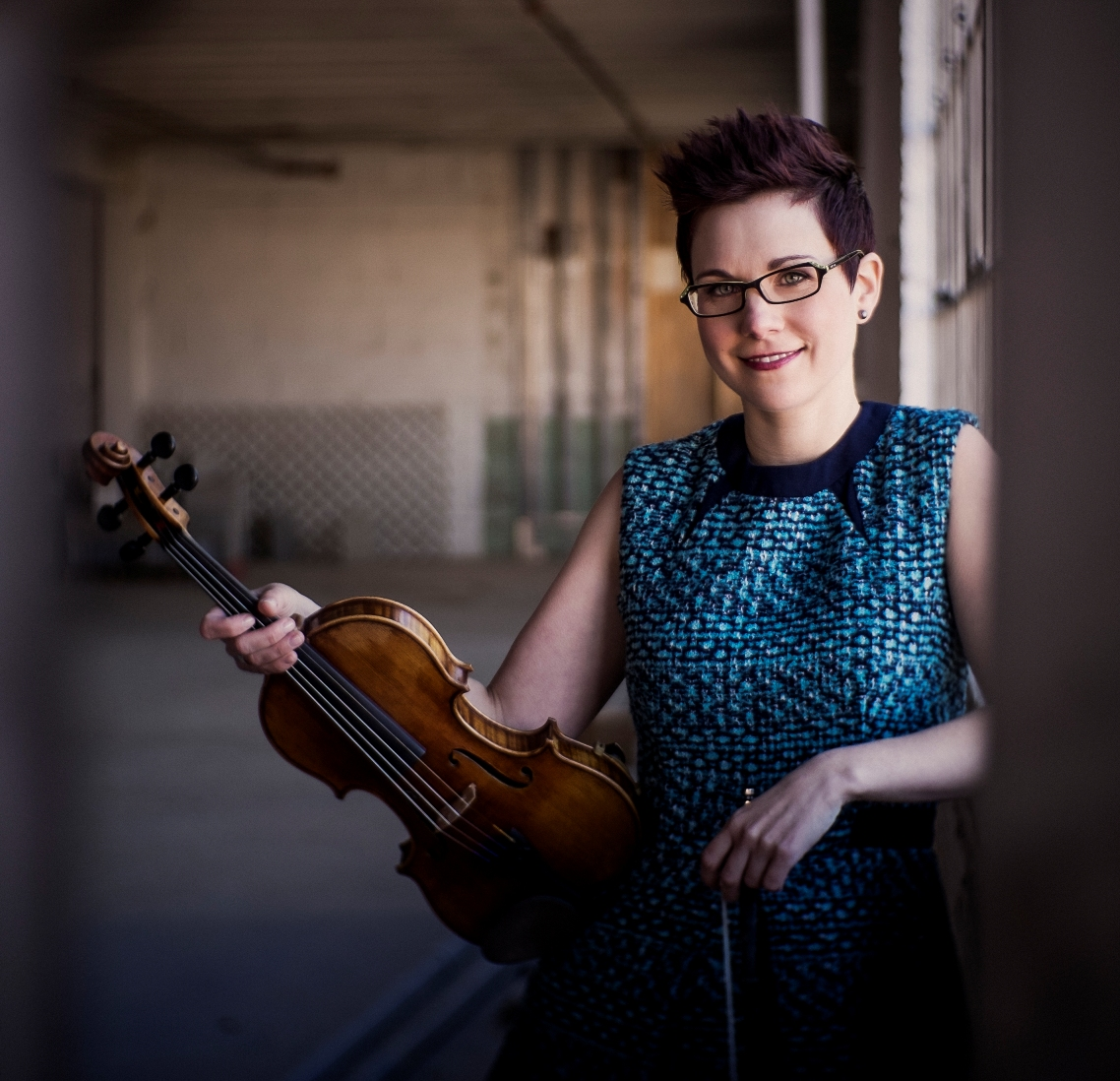 Fiddle ace April Verch visits Sheffield on 8th November